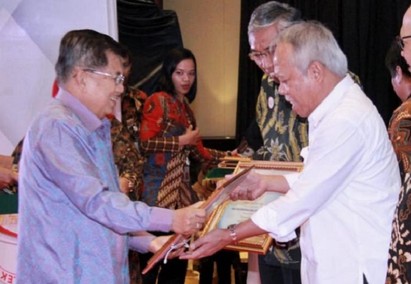 Kementerian PUPR Menerima Penghargaan SPBE dengan Predikat Sangat Baik